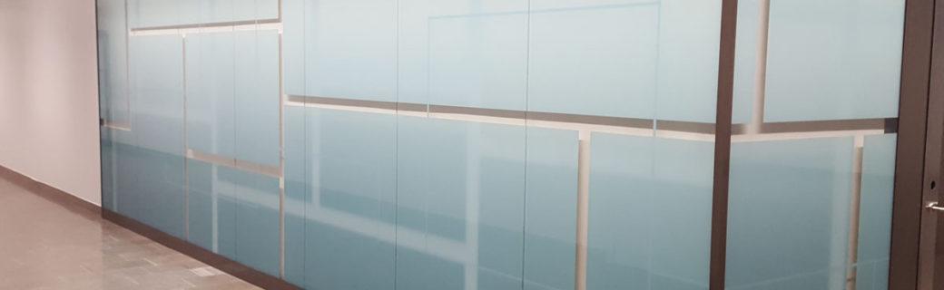 Södersjukhusets korridorer livas upp med printat glas